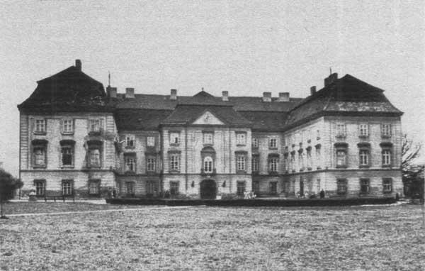 https://www.pamatky-vm.cz/Pamatky/Napajedla/historie/zamek-stara.jpg